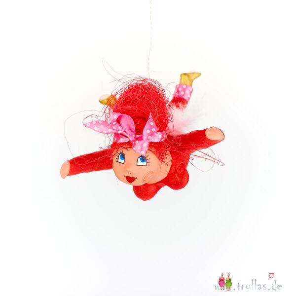 Schutzengelchen - Alba ist eine handgefertigte Figur aus Pappmachee. Trullas sind Geschenkideen fur Menschen die handgemachte Kunst schätzen.