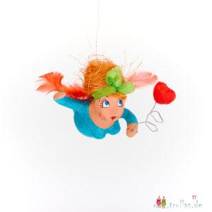 Schutzengelchen - Lotta ist eine handgefertigte Figur aus Pappmachee. Trullas sind Geschenkideen fur Menschen die handgemachte Kunst schätzen.