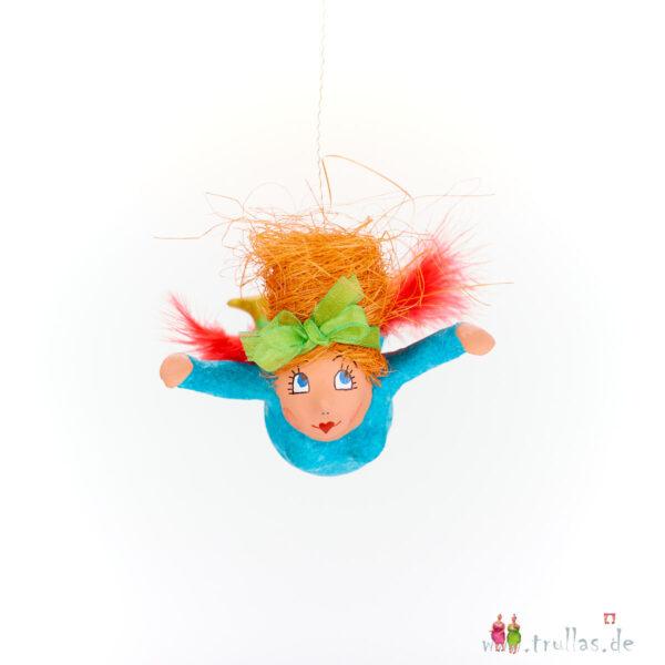Schutzengelchen - Alma ist eine handgefertigte Figur aus Pappmachee. Trullas sind Geschenkideen fur Menschen die handgemachte Kunst schätzen.
