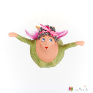 Schutzengel - Miriam ist eine handgefertigte Figur aus Pappmachee. Trullas sind Geschenkideen fur Menschen die handgemachte Kunst schätzen.