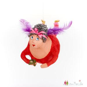 Schutzengel - Ella ist eine handgefertigte Figur aus Pappmachee. Trullas sind Geschenkideen fur Menschen die handgemachte Kunst schätzen.